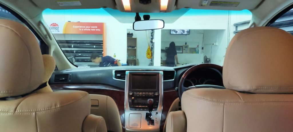 view depan vellfire black beauty
